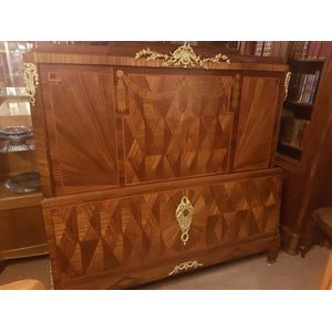 Fine french inlaid and marquetry kingwood queen size bed . Fully restored , fine brass ormulu mounts . An outstanding bed in...