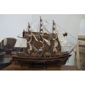 Smallest model of France II, p
