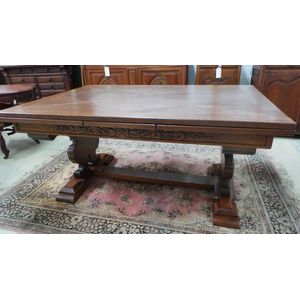 Stunning French oak beautifully carved and quite ornate base extension table in fantastic condition. Fully extended this table...