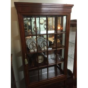 Superb large c.1900 French inlay rosewood display cabinet. Beautifully made, it has its original timber shelves with mirror...