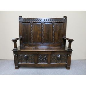 French Gothic Revival settle i