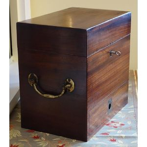 Georgian mahogany medicine box, circa 1820s, with lower drawer, multiple compartments, but without bottles. Fine original...