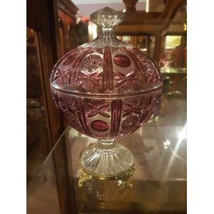Beautiful cut crystal ruby glass lidded comport / centrepiece . Standing on finely detailed brass base ,would look great in any...