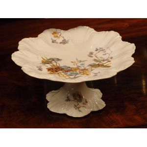 This Limoges porcelain comport
