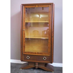 Display Cabinets Vitrine Cabinets And Tables Antique And Vintage
