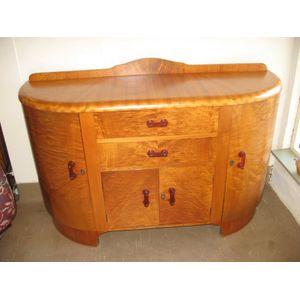 Art Deco veneered sideboard in excellent original undamaged condition. Has all original attractive triangular shaped...