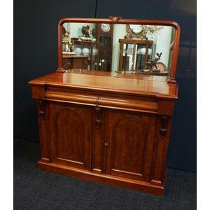Victorian Mahogany Mirrored Back Chiffonier in Restored Condition