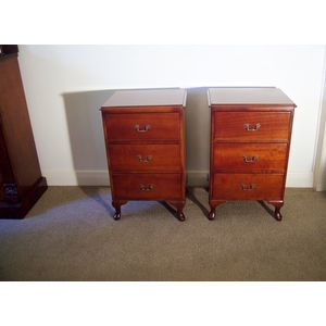 Pair of Queen Anne cabriole leg bedside tables. In restored condition, with three deep drawers each. All drawers run smoothly.