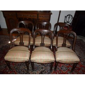Set Of Six Fine Quality Spoon Back Dining Chairs Comfortable and Practical In Great Condition ($150EACH)