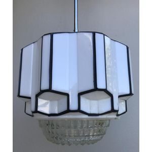 Large 1930's American deco black/white 'beehive' skyscraper ceiling light shade with clear prismatic glass base. Comes complete...