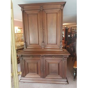 Imposing french walnut four do