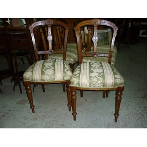 A set of 6 mid Victorian walnu