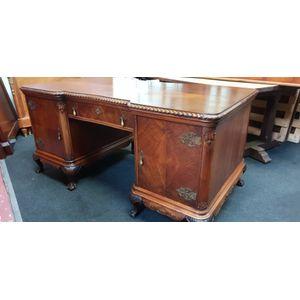 Partner S Desks And Large Library Desks And Tables For Sale
