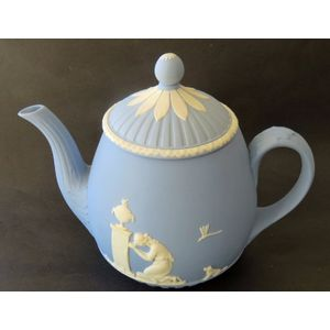 From the Lord Wedgwood collection, the Lady Templeton shape, jasperware teapot.  in good condition.