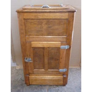 Tas Oak Ice chest made by I.C.M makers label inside door. Restored and all in good condition.