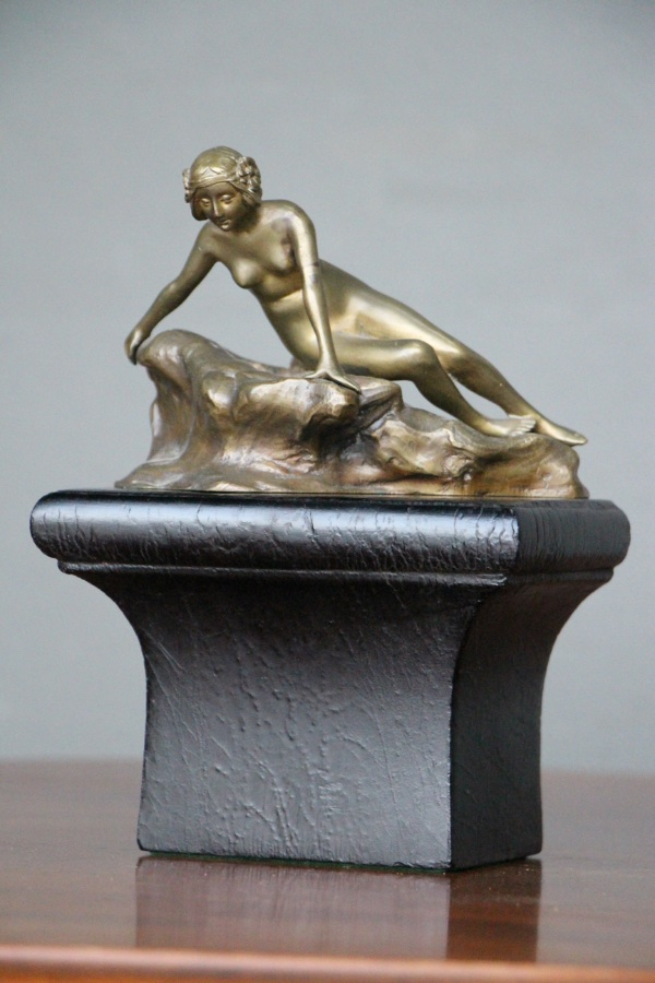 Art Nouveau Bronze Lamp Nude Lady With Flowers Louis