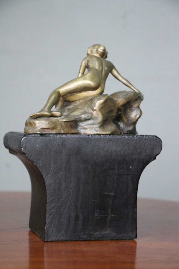 Bronze Antique Nude Lady Figurine