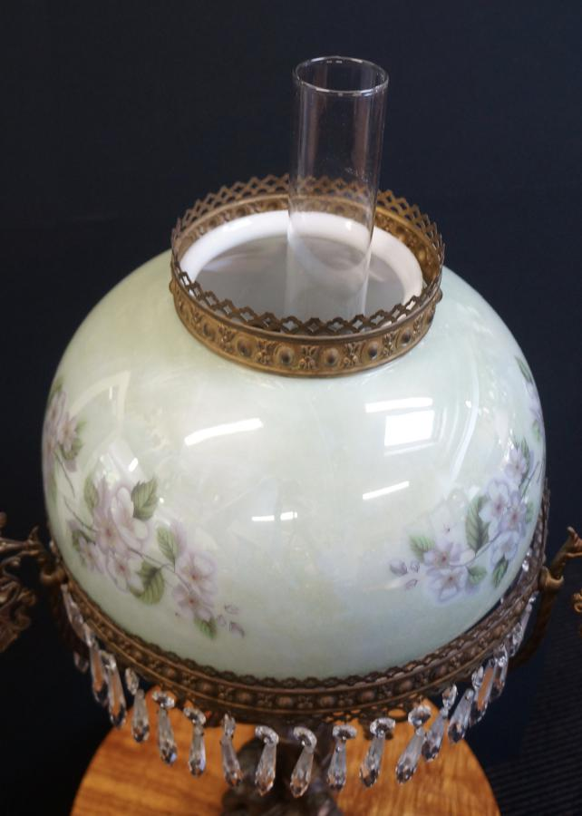 Buy Parlour Oil Lamp From Seanic Antiques