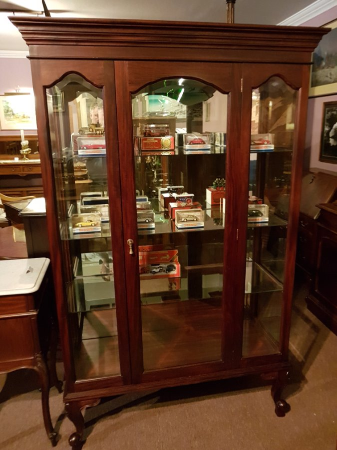 Buy Mahogany Showcase Display Cabinet From Tulip Antiques